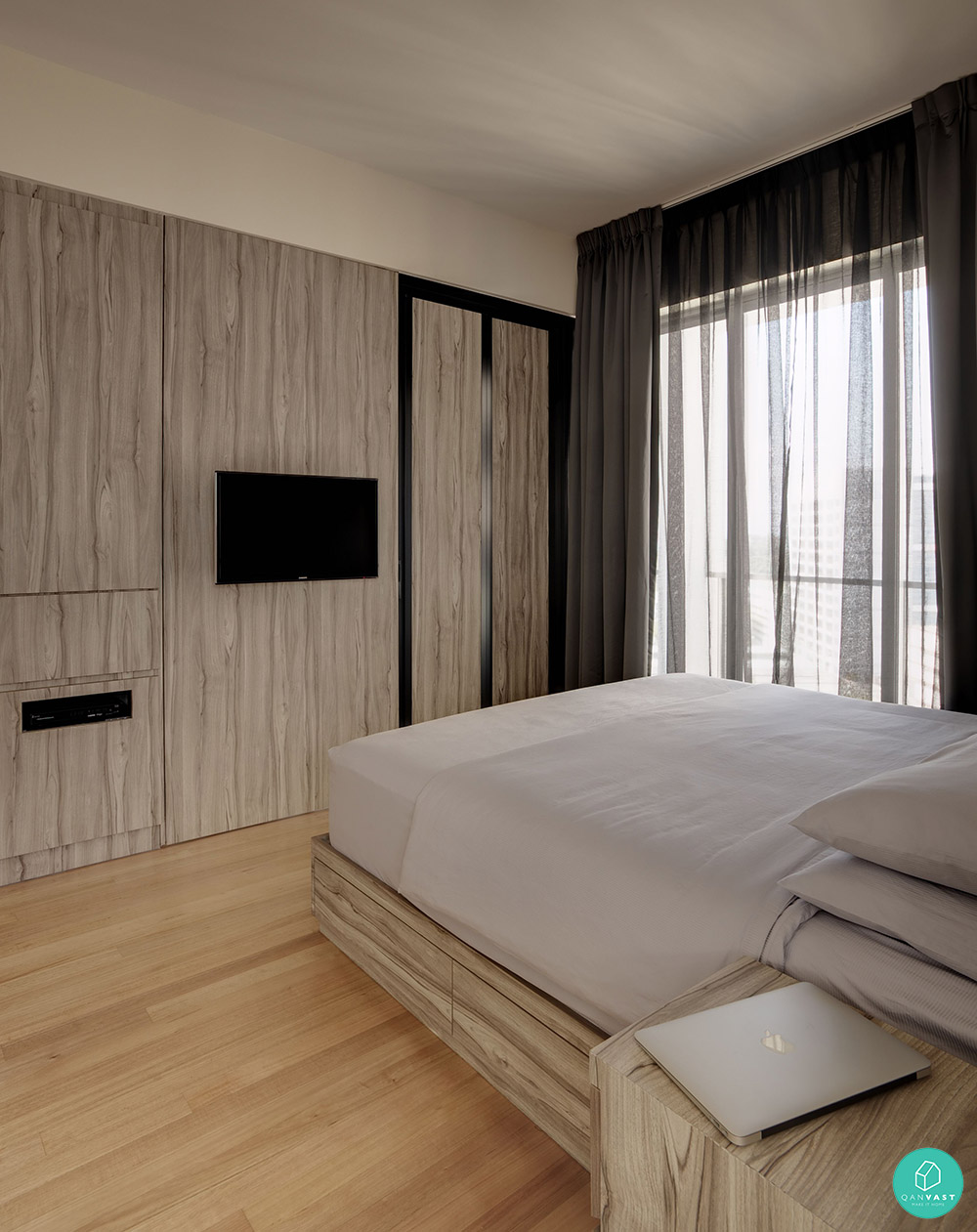Smart designs for small spaces in singapore homes for 3 bedroom condo interior designs